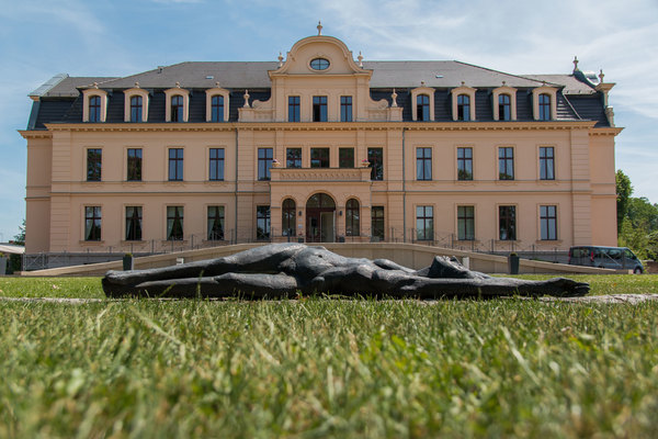 Schloss Ribbeck ist eines der Highlights der Wanderung. Foto: Jürgen Ohlwein