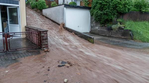 Liveblog: Weitere Unwetter ziehen über Deutschland