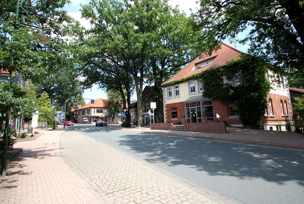 In Bispingen schließt sich der Kreis dieser Radtour. (Foto: Handout Lüneburger Heide GmbH)