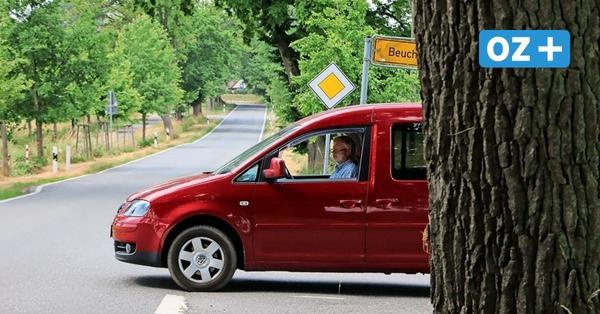 Beuchow auf Rügen: Weg aus dem Dorf ist für Autofahrer lebensgefährlich