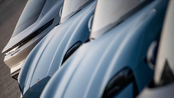 Rückruf bei Porsche: 43.000 Autos des E-Modells Taycan müssen zurück in die Werkstatt