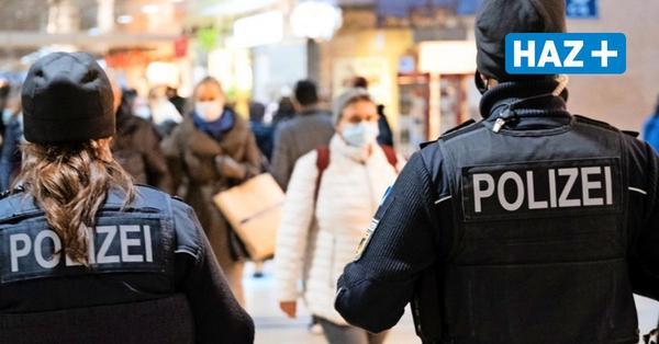 Hunderte Verstöße in der Nacht: Partygänger ignorieren Maskenpflicht im Hauptbahnhof