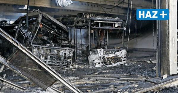 Ausgebranntes Üstra-Depot: Einsturzgefährdete Halle wird jetzt abgestützt