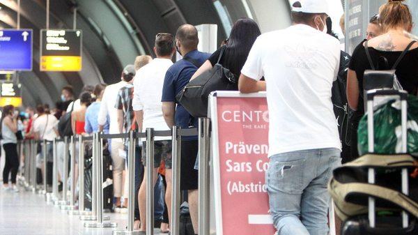 Tschechien führt ab Freitag Testpflicht für Einreisende ein