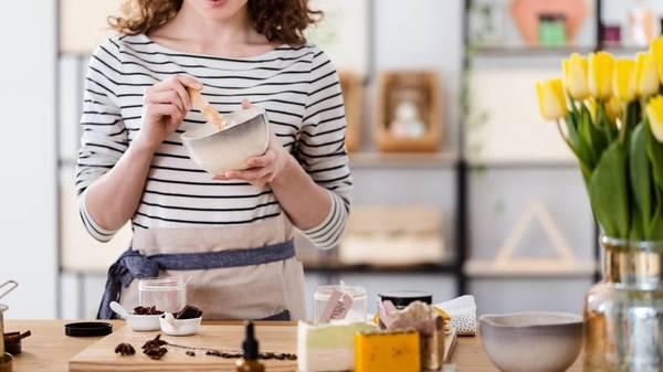 Naturkosmetik selber machen: Diese Kosmetik-Produkte lassen sich ganz leicht selbst herstellen