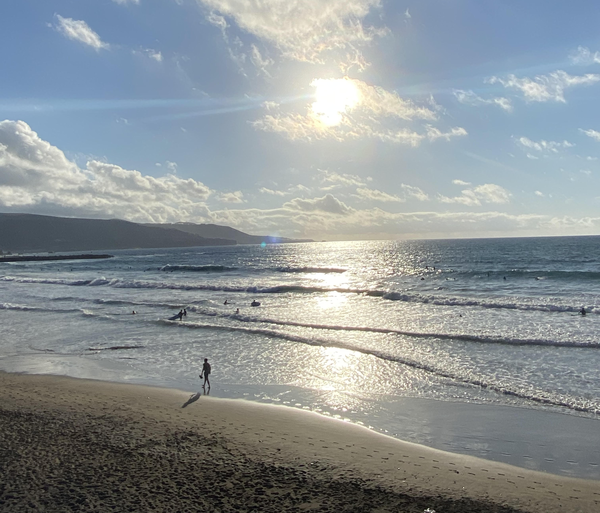 Chill waves at Las Canteras beach