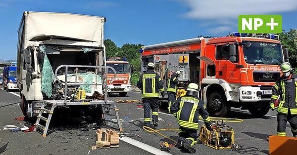 Schwerer Lkw-Unfall kurz vor der Abfahrt Herrenhausen – Fahrer lebensgefährlich verletzt