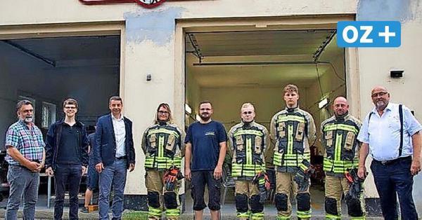Feuerwehr Sundhagen: 90 Kameraden werden neu eingekleidet