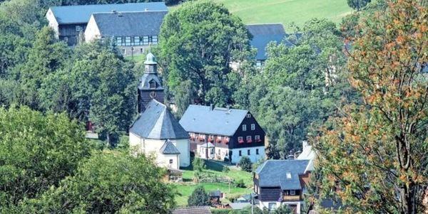 Blick auf Schönfeld. Foto: Frank Wehrmeister