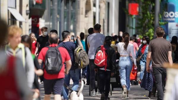 Nach dem Lockdown: Im Juni erstmals wieder gute Umsätze für Modebranche