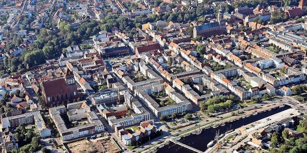 Immobilien-Spezial für Greifswald: Wo finde ich noch Bauland? Wie teuer ist ein Haus?