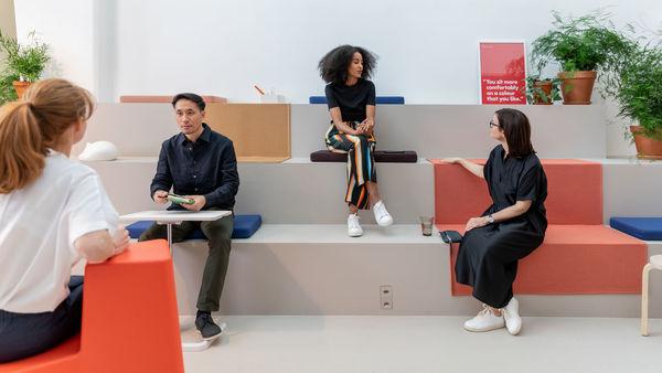 Le Club Office de Vitra une société suisse de mobilier design