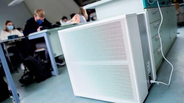 Was bringen mobile Luftfilter an Schulen? Studie zeigt Wirkung der mobilen Filteranlagen
