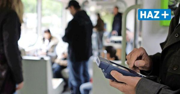 """Ist der Begriff """"Schwarzfahrer"""" diskriminierend? Üstra und Regiobus wollen das Wort nicht mehr verwenden"""