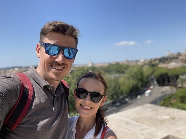 Zdravíme z líbánek v Římě 👋👋