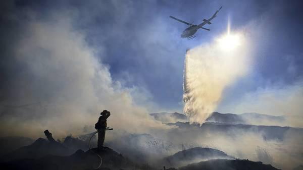 Löschwasser verdunstet in der Luft: Waldbrände wüten im Westen der USA
