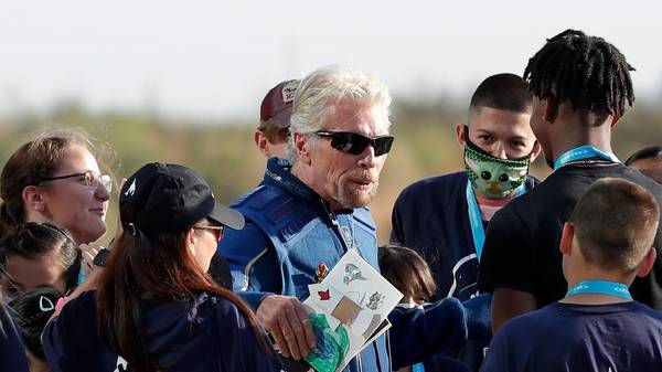 Richard Branson: Milliardär erreicht Weltall und landet sicher auf der Erde