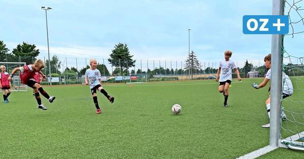 Nienhagen: So trainieren Nachwuchs-Kicker im Anderbrügge-Ostseecamp
