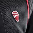 Leicht und sicher: So sehen die neuen Motorradjacken von VW-Tochter Ducati aus