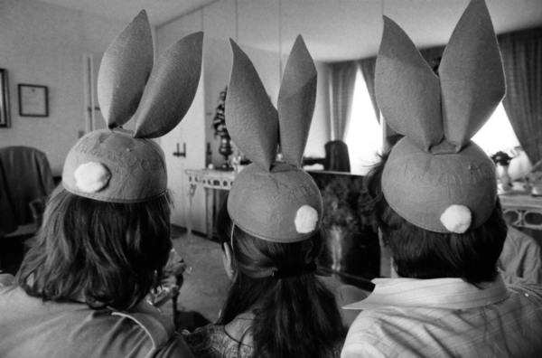 """While on a press tour in Chicago in 1977, the three stars of """"Star Wars"""" — Mark Hamill, Carrie Fisher and Harrison Ford — model Bugs Bunny-like hats to mock a negative review of their performances in the movie. Photo by James DePree/Chicago Sun-Times."""