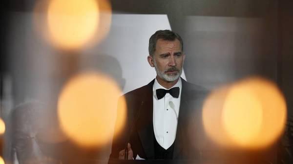 Die haltbare Monarchie: Spanier mögen ihren König mehr als Politiker