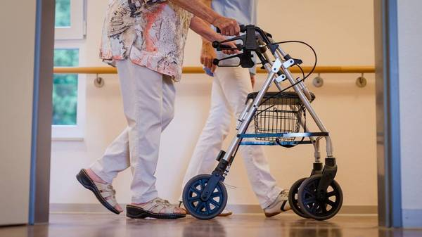 """""""Nicht darauf hoffen, dass alles gut geht"""": Sind die Pflegeheime wieder in Gefahr?"""