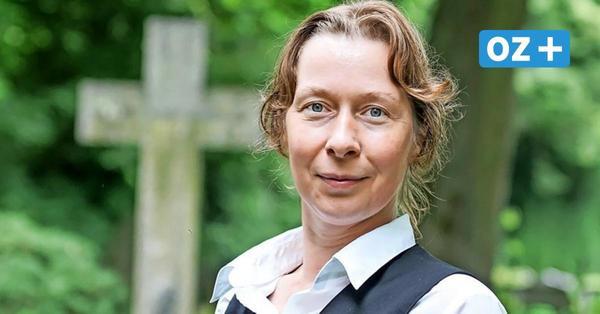 Traumberuf über Umwege: Wie diese Frau mit 46 Jahren in Wismar Bestatterin wurde