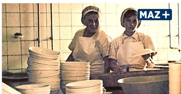 Wer kennt die fleißigen Küchenfrauen von Bollmannsruh?