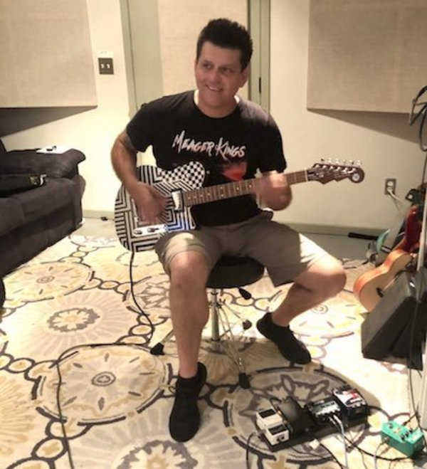Chris DeMakes recording solo material at Drastic Sounds Studio in Nashville. Source: Twitter