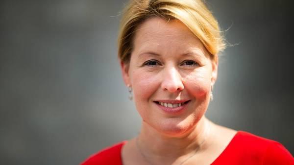 """Autofreie Stadt: Franziska Giffey hält Idee für """"wirklichkeitsfremd"""""""