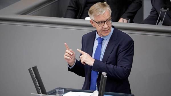 Dietmar Bartsch: Bodo Ramelow bleibt Ministerpräsident bis 2024