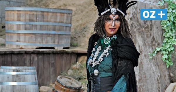 Piraten Open Air Grevesmühlen: Was Anouschka Renzi über ihre Rolle als Voodoo-Priesterin denkt