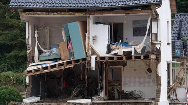Hochwasser: Versicherungspflicht für alle? Versicherungen wünschen sich Gesamtkonzept