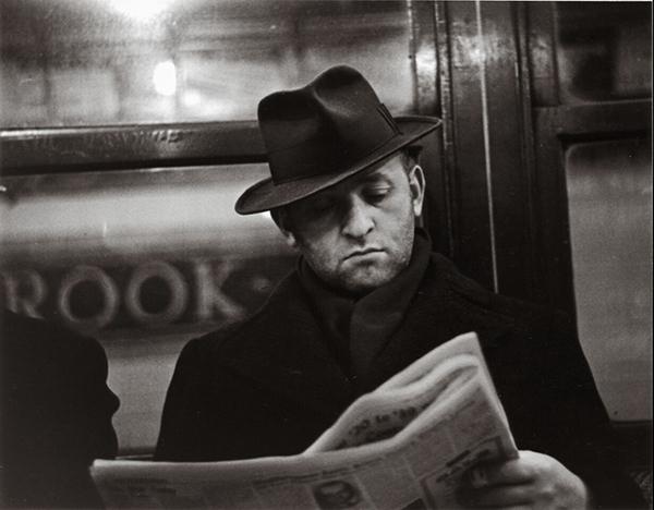 Walker Evans, Subway Portrait, 1938–41 © Walker Evans Archive, The Metropolitan Museum of Art, New York.