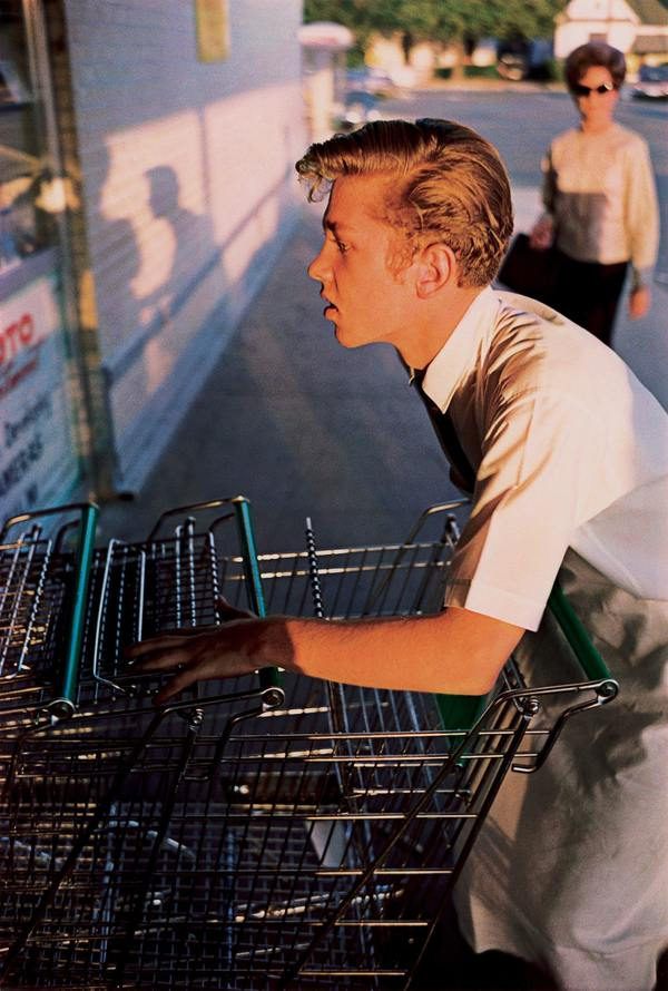 William Eggleston, Memphis, 1965, from the series Los Alamos, 1965-1974, ©Eggleston Artistic Trust, Courtesy David Zwirner, New York London. Eggleston will be the topic of an upcoming issue.