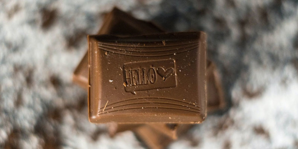 Originele vorm van chocolade cadeau geven