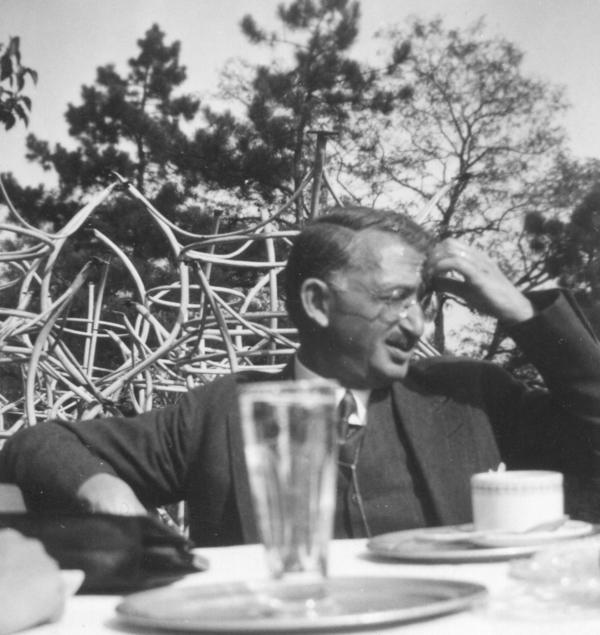 Dr. med. Josef Löbel