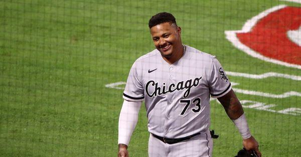 Yermin Mercedes quits baseball, says on Instagram that he's walking away from baseball