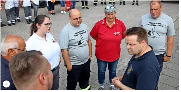"""Helfer aus Vorpommern unterstützen Opfer des Hochwassers: """"Dafür machen wir das Ehrenamt"""""""