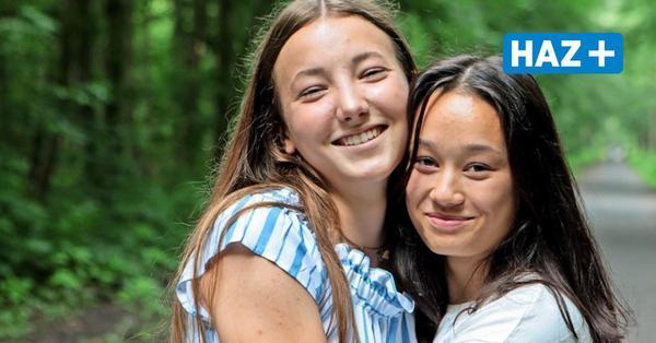 """Das elfte Schuljahr von Magali und Chanel: """"Umarmungen werden nach Corona nicht mehr selbstverständlich sein"""""""