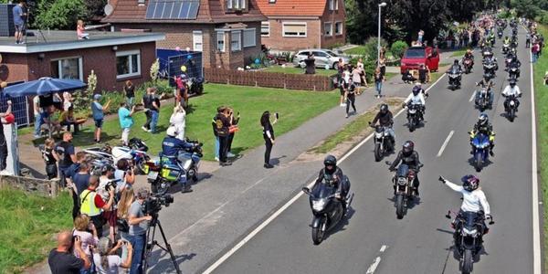 Krach für Kilian: Biker fahren im Korso für krebskranken Jungen