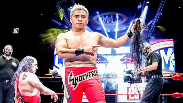 Shockercito rapó a Pequeño Violencia en primera apuesta del año en el CMLL