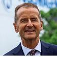 """VW-Hauptversammlung: Herbert Diess sieht""""glänzende Zukunft"""" für Autos"""