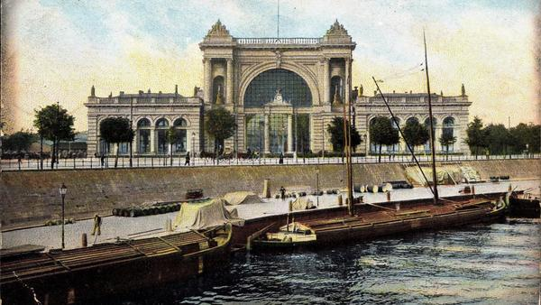 Bahnhöfe in Berlin: Vom Alexanderplatz zum Bahnhof Zoo – so sah es früher aus