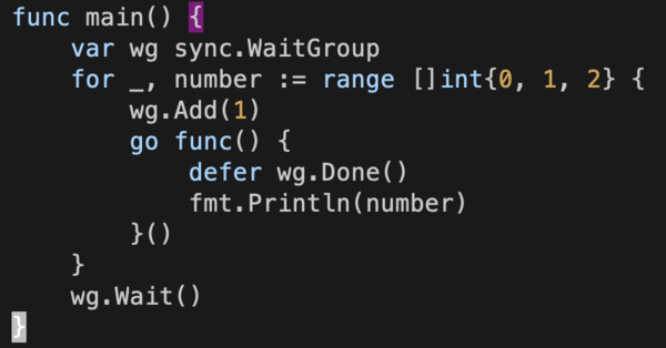 range over an array, print in goroutine