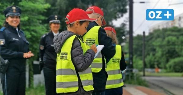 Schulstart in Rostock mit Polizei, Maske und Zettel: So lief der erste Tag