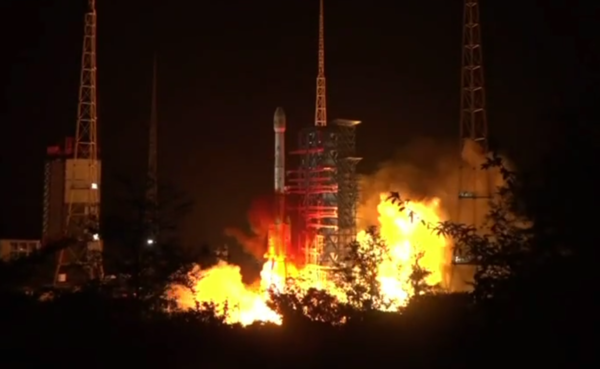 Long March 3B nocturnal launch