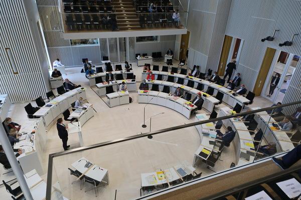 Der Landtag in Schwerin (Foto: Ove Arscholl)