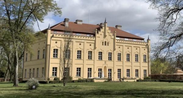 Schloss Nennhausen. (Foto: Michael Kolkmann)