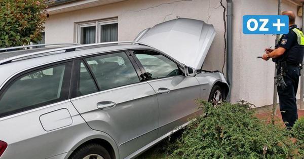 """Seniorin (81) rast in Sassnitz in Einfamilienhaus: """"Man kann ins Wohnzimmer gucken"""""""